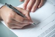 W ciągu 7 dni od daty zawarcia umowy należy udać się do swojej jednostki ZUS, aby zgłosić się do dobrowolnego ubezpieczenia zdrowotnego.