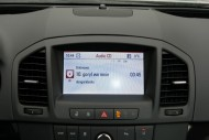 Opel Insignia nie ma intuicyjnej obsługi radia/nawigacji, fot. moto.wieszjak.pl