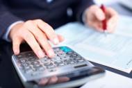 Zmiana etatu w trakcie miesiąca - wynagrodzenie i ekwiwalent za urlop. /Fot. Fotolia
